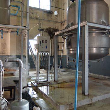 商品化に向けての製造実験開始 in LAOS
